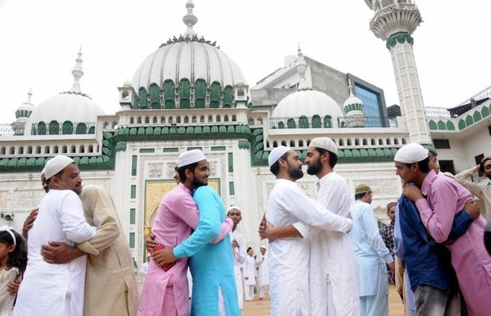 Eid Mubarak quotes, messages, wishes and images to say Happy Eid today